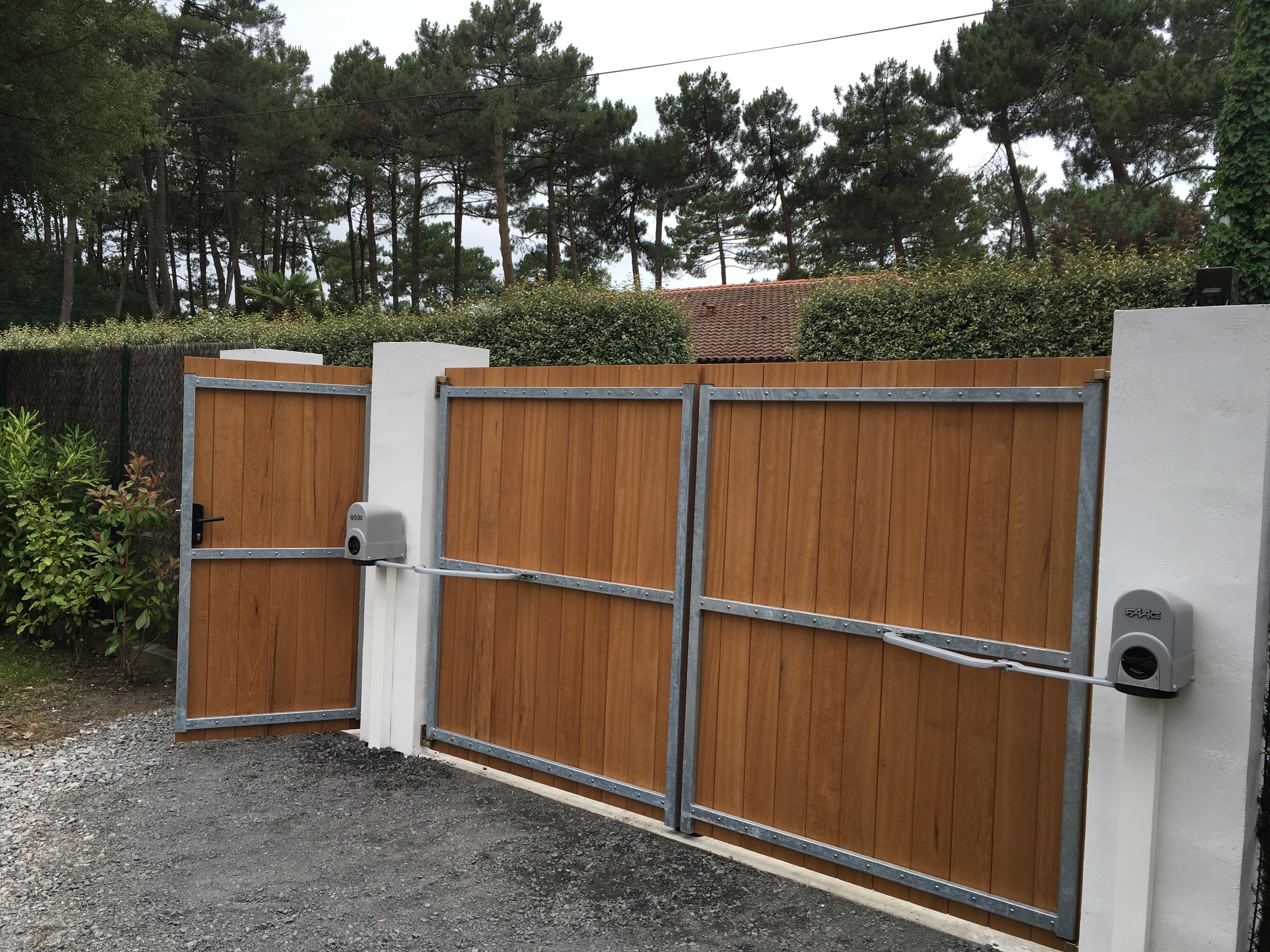Ets daulou de fabricant installateur porte portail tosse bayonne - Portail garage bois 2 vantaux ...
