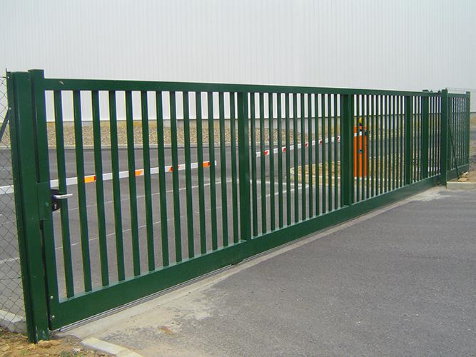 Installation de portails capbreton bayonne dax et for Portail hauteur 2m